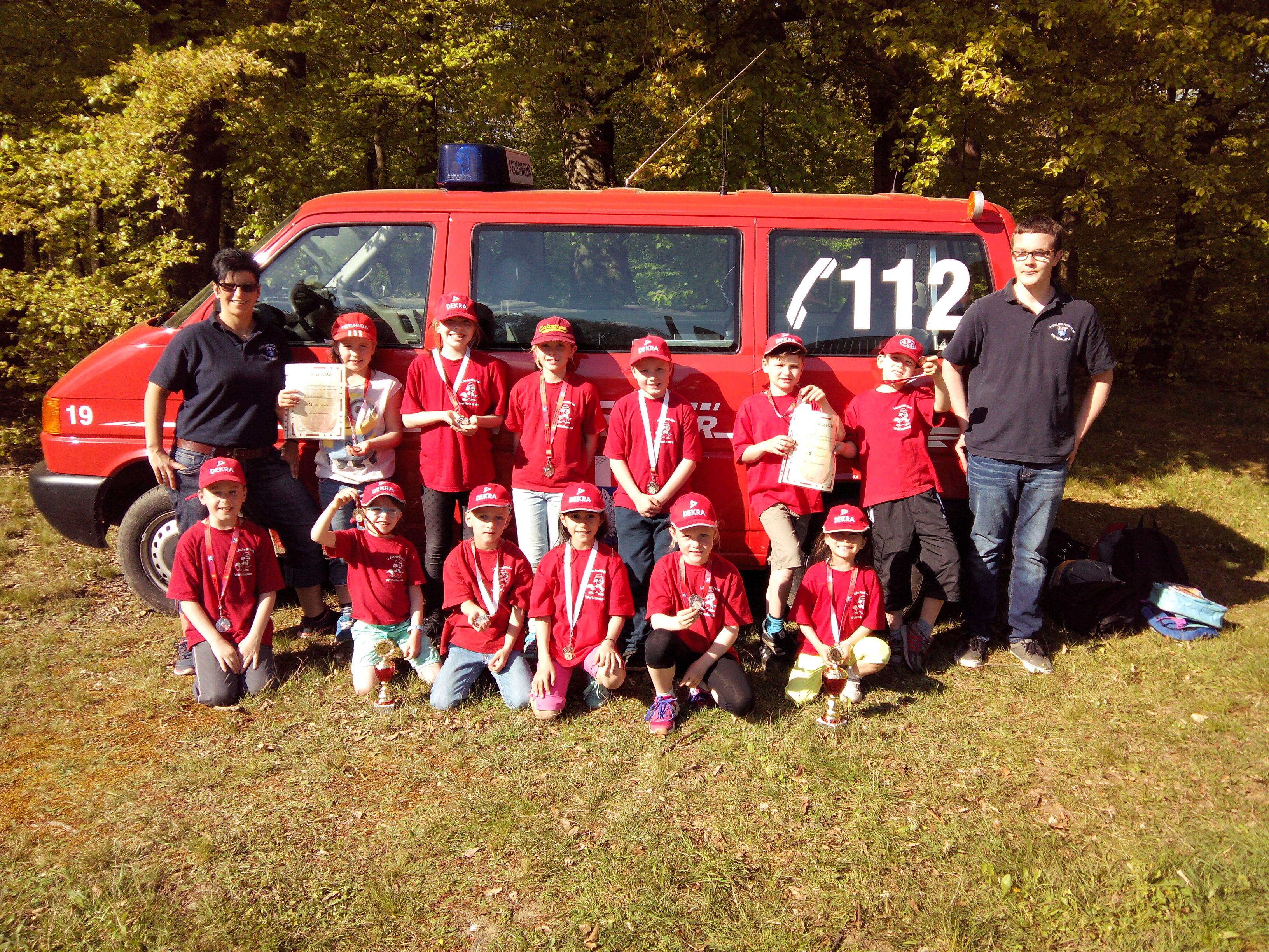 z.B. Teilnahme an der Kinderfeuerwehr-Olympiade in Cleeberg 2016